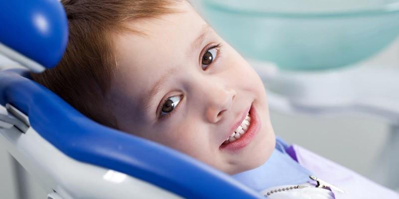 Лечение зубов детям